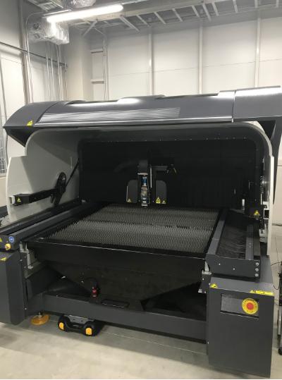 コムネットのレーザー加工機 SEI MERCURY 609