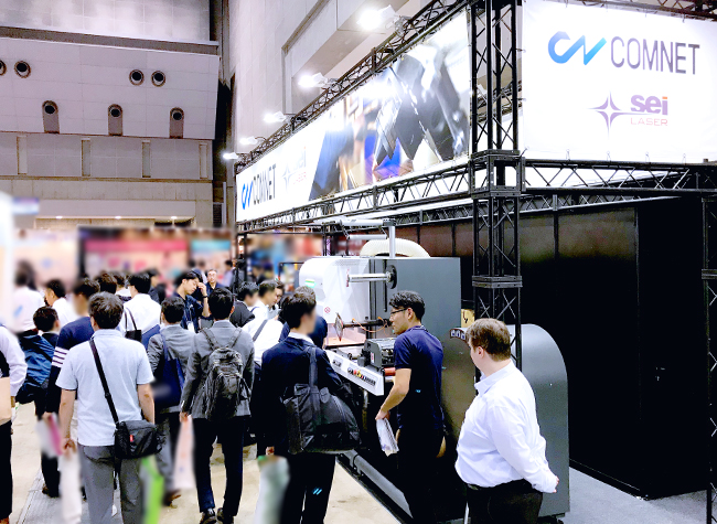 「TOKYO PACK 2018(2018 東京国際包装展)」に出展中、軟包装向け・シールラベル加工向けレーザー加工機「Label Master」のパッケージ加工を実演し、またロールtoロール機の性能をご紹介することで、お客様がお仕事で抱えているお悩み解決に役立ちそうなレーザー加工機としてご提案ができました。