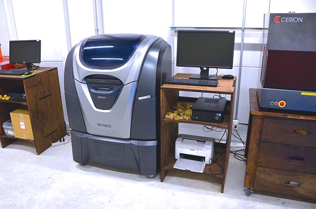 3Dプリンター「キーエンス社製 Agilista(アジリスタ)」「スマイルリンク社製 DS.1000」も揃えており、試作品や型づくりをご希望される方にもご利用いただけます。