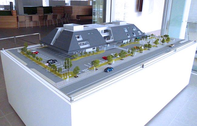 和模型工房様でも、レーザー加工機・レーザーカッターを使用した建築模型の製作事例が多く、マンションや一軒家の住宅模型、博物館、歴史建造物、工場などの模型も製作されています。
