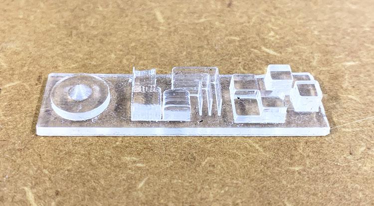 3DプリンターKEYENCE Agilista(キーエンスアジリスタ )で出力した樹脂についていた水溶性のサポート材を水で除去した後