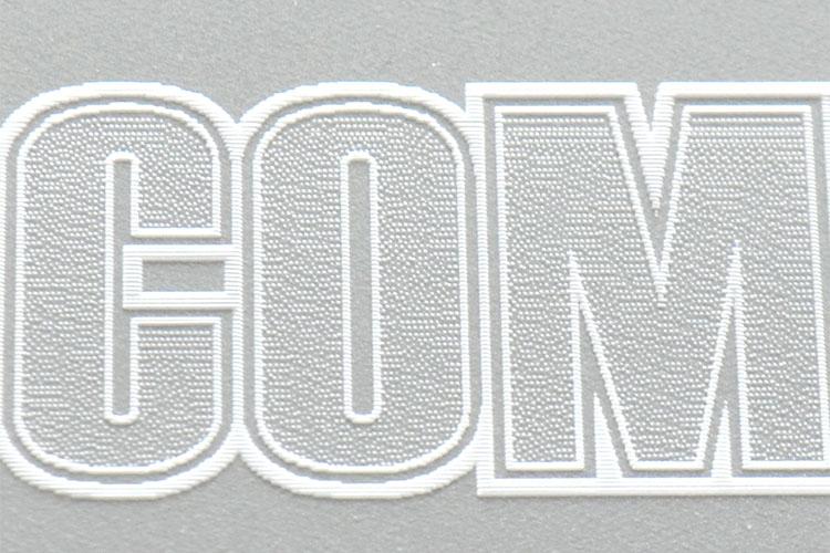 レーザーカッター・レーザー加工機のレーザー彫刻は、出力設定にError Diffusion(エラーディフュージョン)を選択すると拡散されたドットが美しく画像の濃淡を表現します。