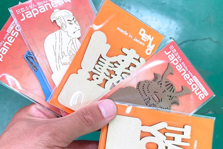 ロッカ様のレーザー加工で製作した商品:外国人観光客に向けた和風を取り入れたメモ・付箋(ふせん)