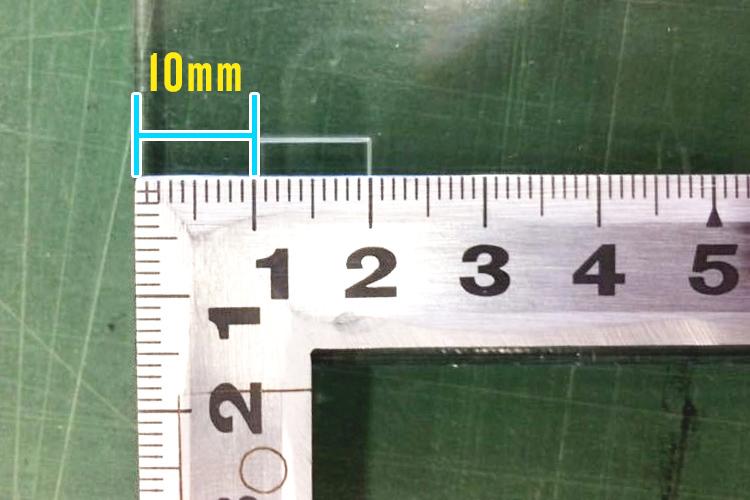 GCC社製レーザーカッター(レーザ加工機)の原点調整方法:定規でY方向を確認し、合致していれば完了です。
