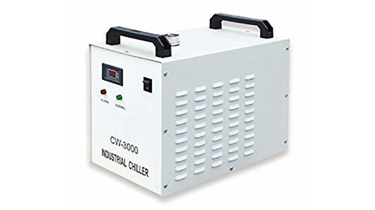 レーザー加工機からレーザーが発射されなくなったときのポイント:冷却装置(チラー)の水を交換する
