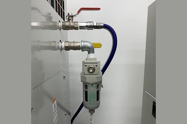 レーザーカッター・レーザー加工機のメンテナンス講座:オートドレンタイプのコンプレッサー