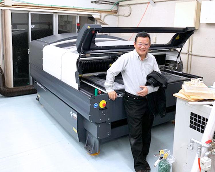 株式会社エトワール様に納品されたレーザー加工機 SEIシリーズ MERCURY609