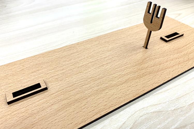 木目調シート貼りMDF「モクスタイル」製の自転車クラフト模型の土台はオリジナルで作成