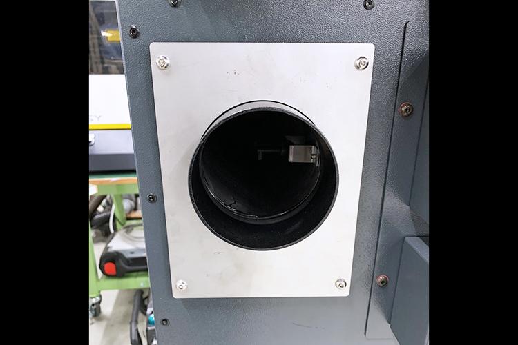 取り付けイメージ|レーザーカッター・レーザー加工機の集塵消臭機の外排気用改造パーツ