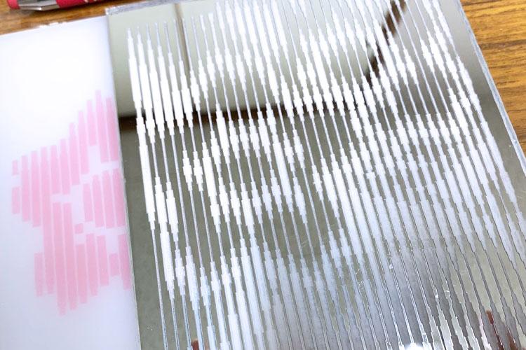 レーザー加工商品|エド写真工芸社様|レーザー加工機の導入事例